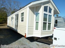 Used 2000  Breckenridge  FDB-SK by Breckenridge from Driftwood RV Center in Clermont, NJ