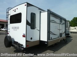 New 2018  Forest River Rockwood Signature Ultra Lite 8328BS by Forest River from Driftwood RV Center in Clermont, NJ