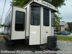 New 2018  Forest River Sandpiper 385FKBH by Forest River from Driftwood RV Center in Clermont, NJ