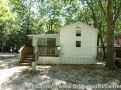 Used 2003  Breckenridge  3BR by Breckenridge from Driftwood RV Center in Clermont, NJ