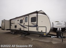New 2017  Cruiser RV Shadow Cruiser 331BHD by Cruiser RV from All Seasons RV in Muskegon, MI