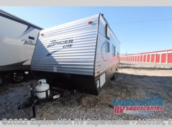New 2017  CrossRoads Zinger Z1 Series Lite ZR18BH by CrossRoads from ExploreUSA RV Supercenter - KYLE, TX in Kyle, TX