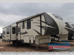 New 2017  CrossRoads Volante 3201IK by CrossRoads from ExploreUSA RV Supercenter - KYLE, TX in Kyle, TX