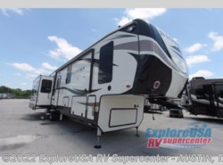 New 2018  Heartland RV Bighorn Traveler 39MB by Heartland RV from ExploreUSA RV Supercenter - KYLE, TX in Kyle, TX