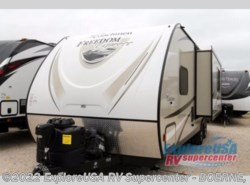 Used 2017  Coachmen Freedom Express 246RKS by Coachmen from ExploreUSA RV Supercenter - BOERNE, TX in Boerne, TX