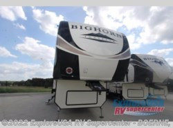 New 2018  Heartland RV Bighorn Traveler 38BH by Heartland RV from ExploreUSA RV Supercenter - BOERNE, TX in Boerne, TX