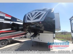 New 2017  Dutchmen Voltage V3655 by Dutchmen from ExploreUSA RV Supercenter - SEGUIN, TX in Seguin, TX