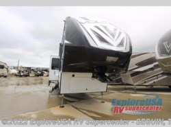 New 2017  Dutchmen Voltage V3605 by Dutchmen from ExploreUSA RV Supercenter - SEGUIN, TX in Seguin, TX