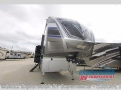 New 2017  Dutchmen Voltage V3990 by Dutchmen from ExploreUSA RV Supercenter - SEGUIN, TX in Seguin, TX