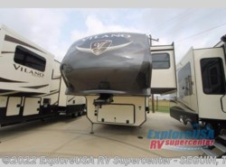 New 2018  Vanleigh Vilano 365RL by Vanleigh from ExploreUSA RV Supercenter - SEGUIN, TX in Seguin, TX