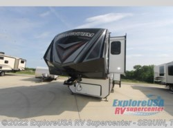 New 2018  Grand Design Momentum 376TH by Grand Design from ExploreUSA RV Supercenter - SEGUIN, TX in Seguin, TX