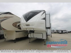 New 2018  Dutchmen Voltage V4205 by Dutchmen from ExploreUSA RV Supercenter - SEGUIN, TX in Seguin, TX
