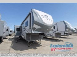 New 2018  Highland Ridge Open Range Roamer RF374BHS by Highland Ridge from ExploreUSA RV Supercenter - DENTON, TX in Denton, TX