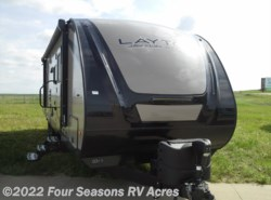 Used 2017  Skyline Layton 280QB by Skyline from Four Seasons RV Acres in Abilene, KS