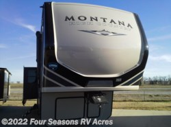 New 2018  Keystone Montana High Country 385BR by Keystone from Four Seasons RV Acres in Abilene, KS