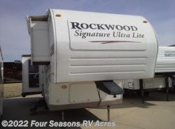 Used 2009  Forest River Rockwood Signature Ultra Lite 8265WS by Forest River from Four Seasons RV Acres in Abilene, KS