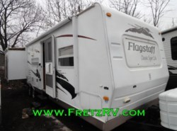 Used 2009  Forest River Flagstaff Classic Super Lite Travel Trailer 831BHSS