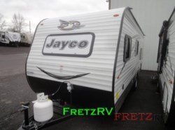 New 2017  Jayco Jay Flight SLX 174BH by Jayco from Fretz  RV in Souderton, PA