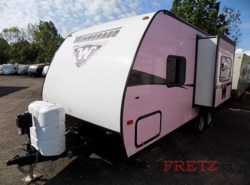 Used 2015  Winnebago Minnie 2101 FBS by Winnebago from Fretz  RV in Souderton, PA