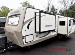 Used 2017  Forest River Rockwood Ultra Lite 2902WS by Forest River from Fretz  RV in Souderton, PA