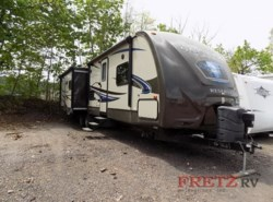 Used 2014  CrossRoads Sunset Trail Reserve ST32RL by CrossRoads from Fretz  RV in Souderton, PA