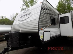 Used 2016  Jayco Jay Flight 27BHS by Jayco from Fretz  RV in Souderton, PA