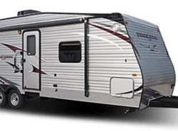 Used 2016  Gulf Stream Track & Trail 24RTH by Gulf Stream from Fuller Motorhome Rentals in Boylston, MA