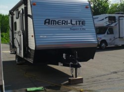 Used 2017  Gulf Stream Ameri-Lite 19DS by Gulf Stream from Fuller Motorhome Rentals in Boylston, MA