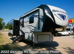 New 2018  Keystone Avalanche 320RS by Keystone from Genuine RV Store in Nacogdoches, TX