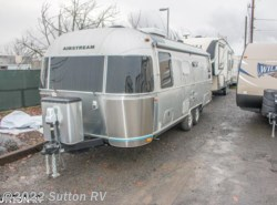 New 2017  Airstream Flying Cloud 25 by Airstream from George Sutton RV in Eugene, OR