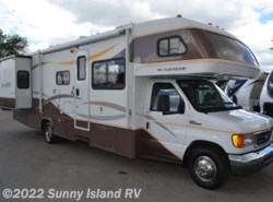 Used 2008  Fleetwood Jamboree  31M by Fleetwood from Sunny Island RV in Rockford, IL