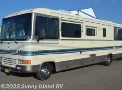 Used 1993  Georgie Boy Cruise Air  3400 by Georgie Boy from Sunny Island RV in Rockford, IL