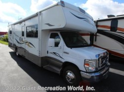 Used 2008  Winnebago Outlook 31H by Winnebago from Giant Recreation World, Inc. in Winter Garden, FL