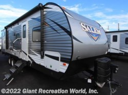 New 2018  Forest River Salem 30KQBSS by Forest River from Giant Recreation World, Inc. in Winter Garden, FL