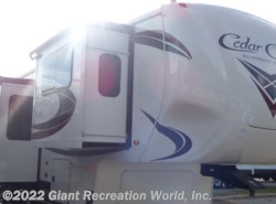 New 2018  Forest River Silverback 37RTH by Forest River from Giant Recreation World, Inc. in Ormond Beach, FL