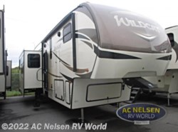 New 2018  Forest River Wildcat 375MC by Forest River from AC Nelsen RV World in Omaha, NE
