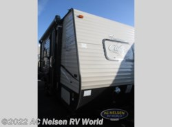 New 2018  Coachmen Clipper Ultra-Lite 17FQ by Coachmen from AC Nelsen RV World in Omaha, NE