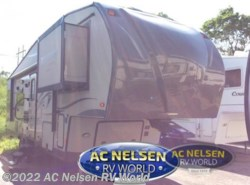 Used 2014  Forest River Rockwood Signature Ultra Lite 8285WS