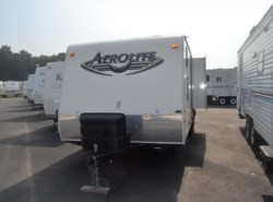 Used 2009  Dutchmen Aerolite 25QS by Dutchmen from Delmarva RV Center in Milford, DE