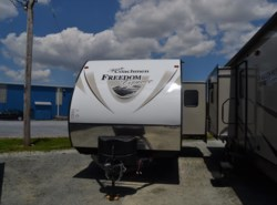 New 2017  Coachmen Freedom Express 24SE by Coachmen from Delmarva RV Center in Seaford in Seaford, DE