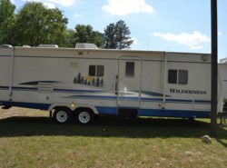 Used 2005  Fleetwood Wilderness Advantage 290FQS by Fleetwood from Delmarva RV Center in Seaford in Seaford, DE