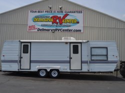 Used 1996  Newmar  Kountry Comfort by Newmar from Delmarva RV Center in Milford, DE