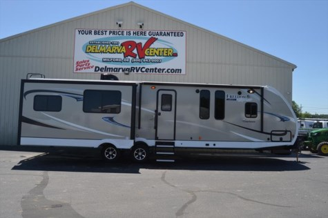 2019 Coachmen Freedom Express 323BHDS
