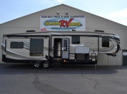 Used 2015 Jayco Pinnacle 36KPTS available in Smyrna, Delaware