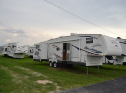 Used 2007 Jayco Jay Flight 31BHDS available in Milford, Delaware
