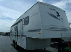 Used 2002  Northwood Arctic Fox 295RKS