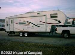 Used 2006  Forest River Rockwood Signature Ultra Lite 8283SS by Forest River from House of Camping in Bridgeview, IL