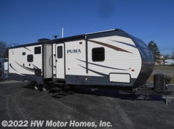 New 2017  Palomino Puma 30RLIS by Palomino from HW Motor Homes, Inc. in Canton, MI