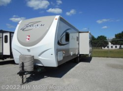 Used 2014  CrossRoads Zinger ZT32RE  -  Opposing  Slides by CrossRoads from HW Motor Homes, Inc. in Canton, MI