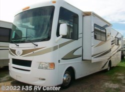 Used 2011  Four Winds International Hurricane  by Four Winds International from I-35 RV Center in Denton, TX